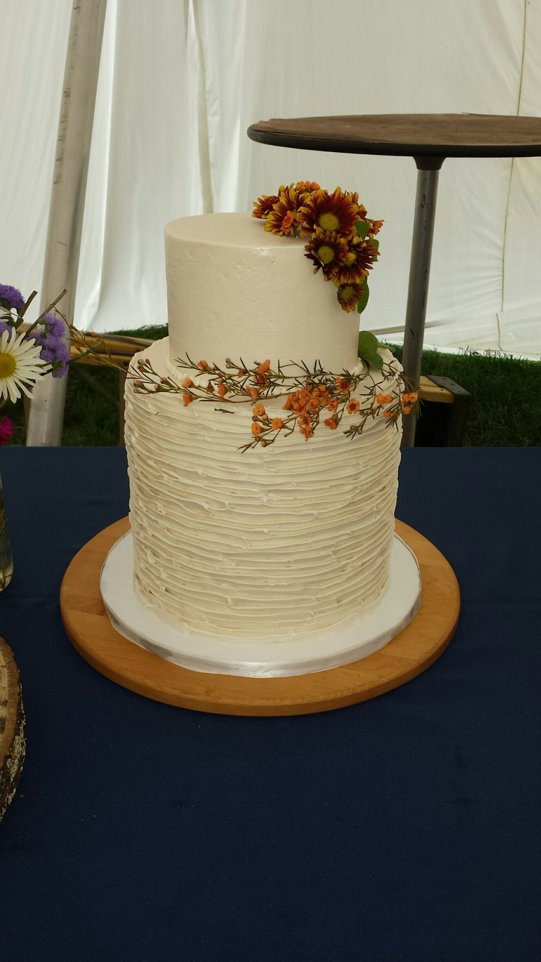 Autumn Flowers Wedding Cake Jpg